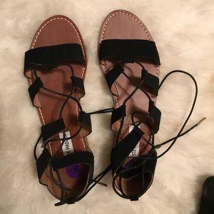 STEVE MADDEN lace up sandal black size 8.5